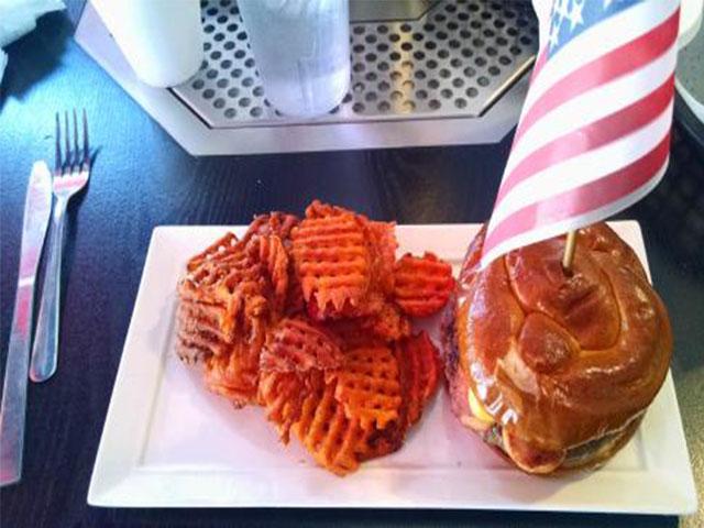 burgers_general_robert_e_lee